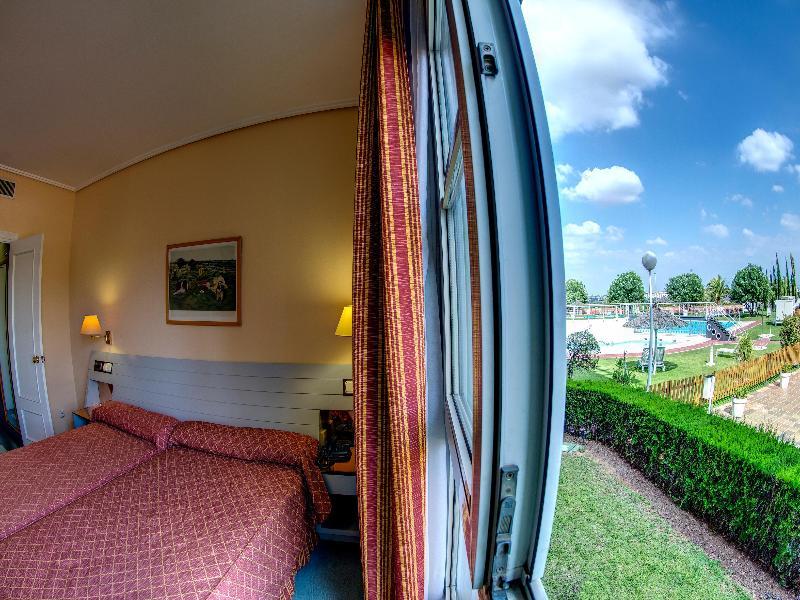 Hotel Alcora Sevilla de SAN JUAN DE AZNALFARACHE