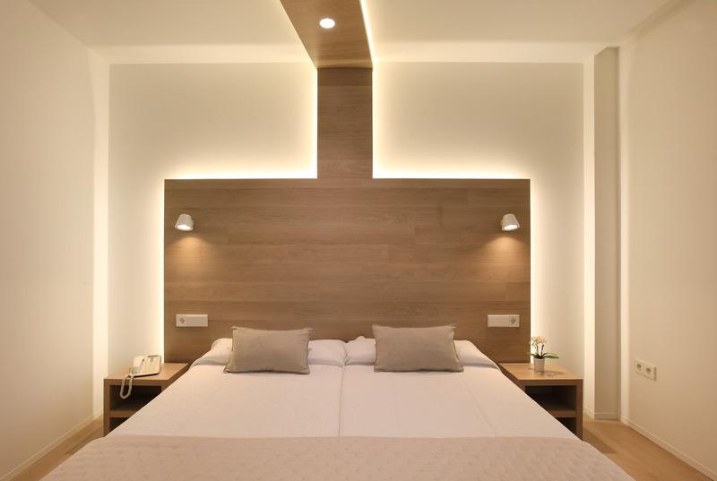 Hotel Carlos I thumb-3