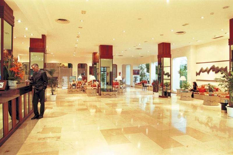 VIK Hotel San Antonio 1