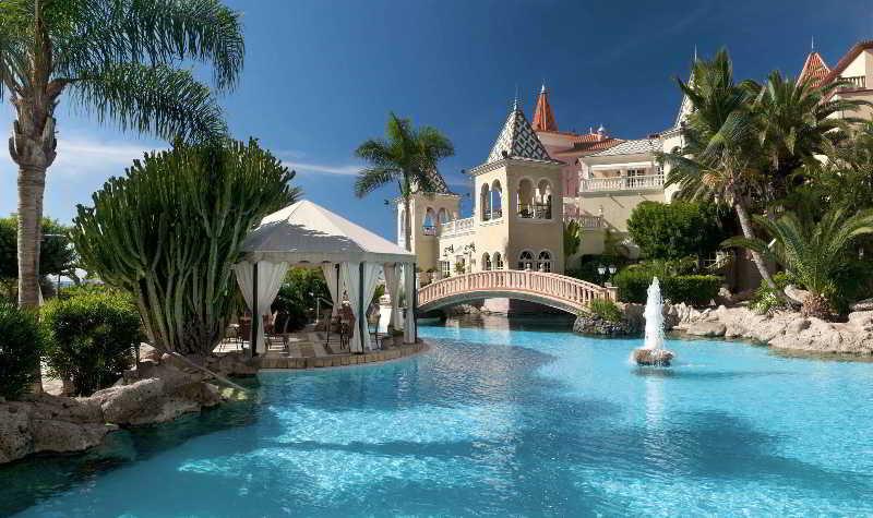Gran Hotel Bahia del Duque 4