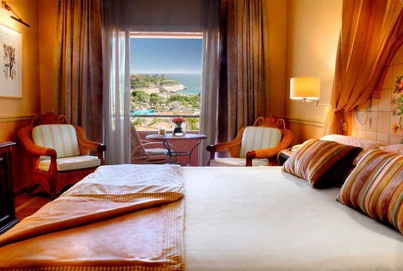 Gran Hotel Bahia del Duque 2