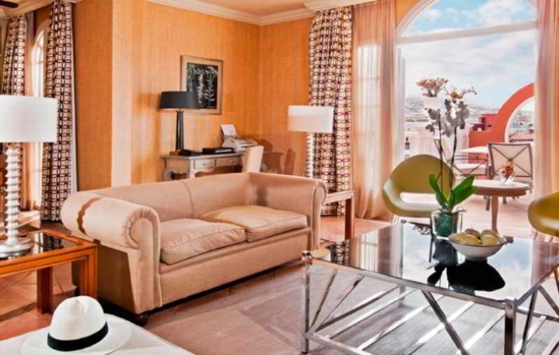 Gran Hotel Bahia del Duque 20