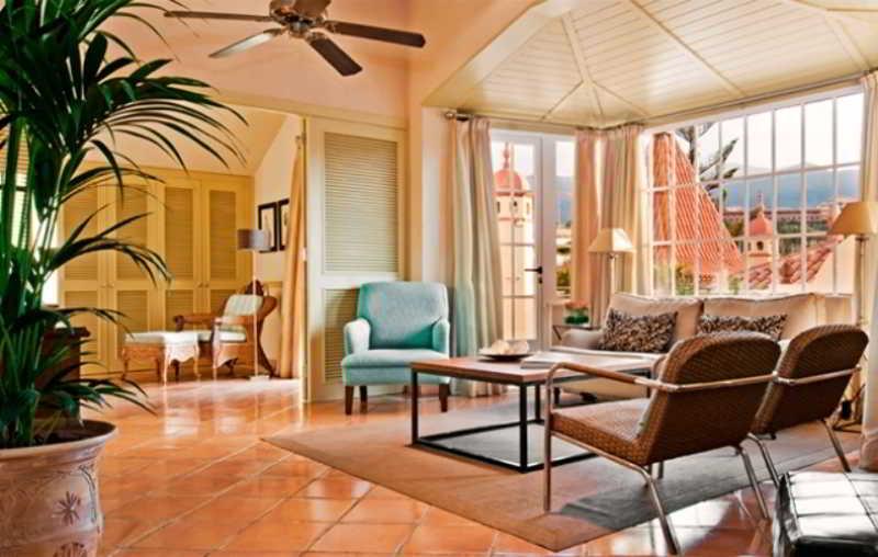 Gran Hotel Bahia del Duque 21