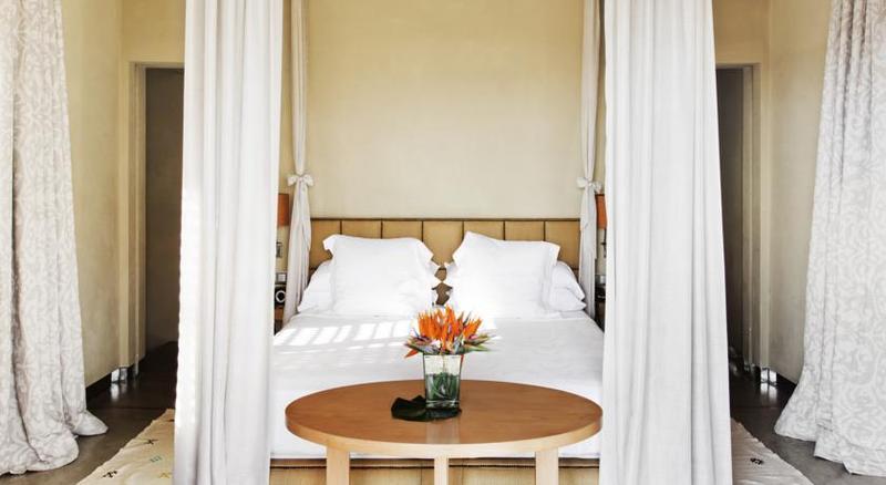 Gran Hotel Bahia del Duque 10
