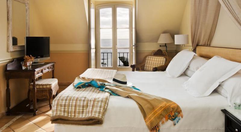 Gran Hotel Bahia del Duque 11