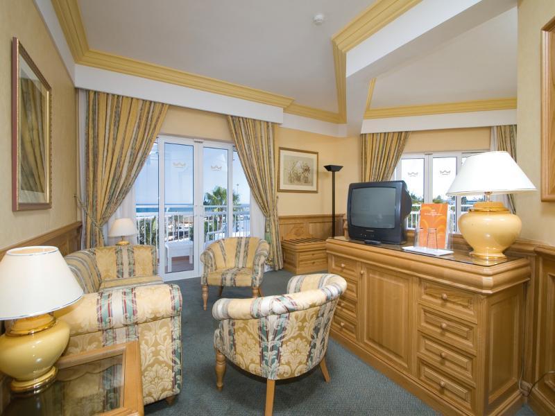 Club Hotel Riu Paraiso Lanzarote Resort 9