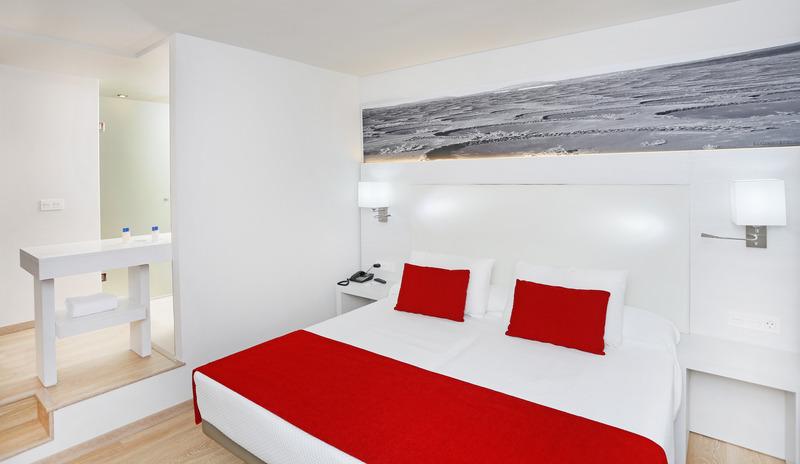 Aequora Lazarote Suites 14