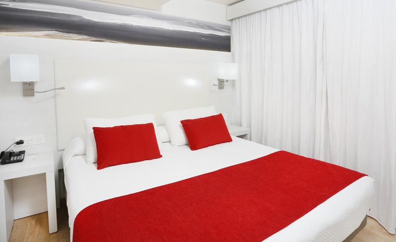 Aequora Lazarote Suites 16