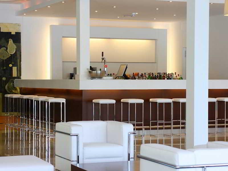 Las Gaviotas Suites Hotel & Spa 39