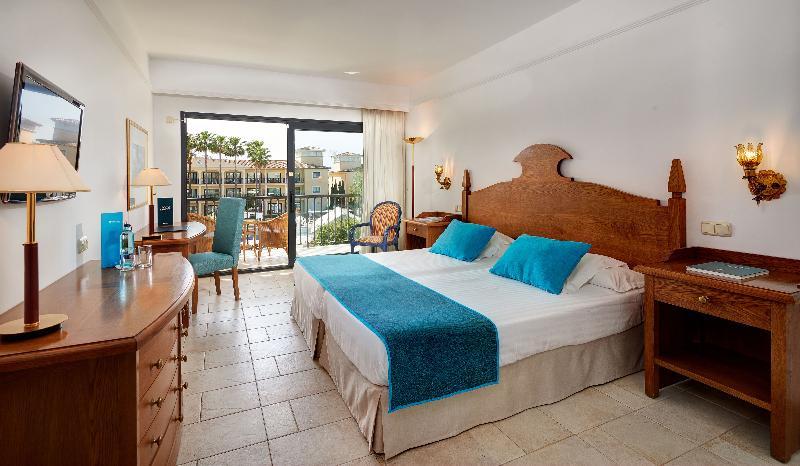 Sentido mallorca palace hotel sa coma from 130 for Design hotel mallorca last minute