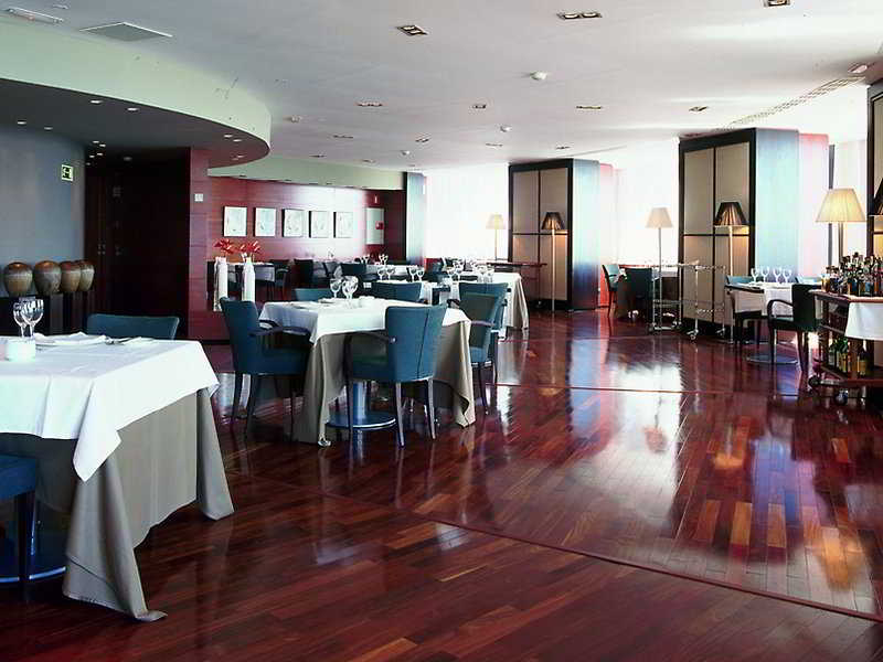AC Hotel Gran Canaria by Marriott 10