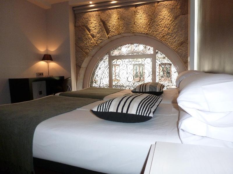 Hotel Francisco I thumb-2