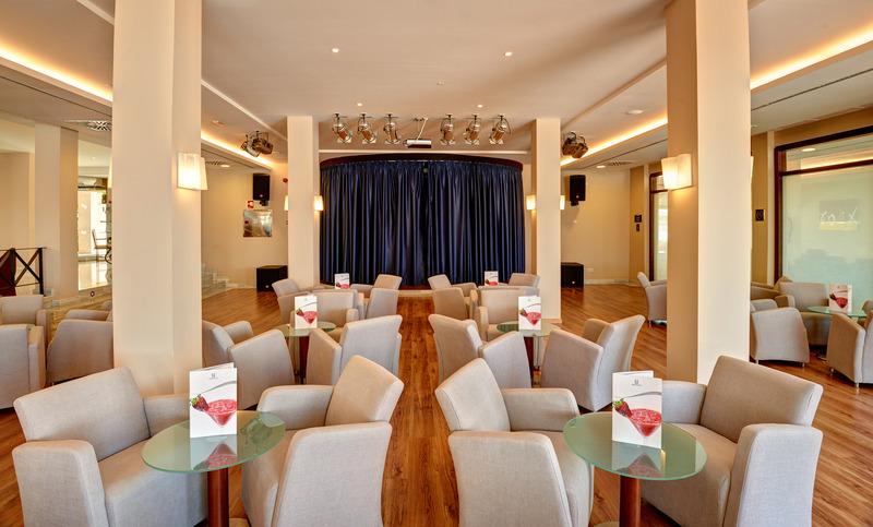 Hotel Hipotels Flamenco Conil thumb-4