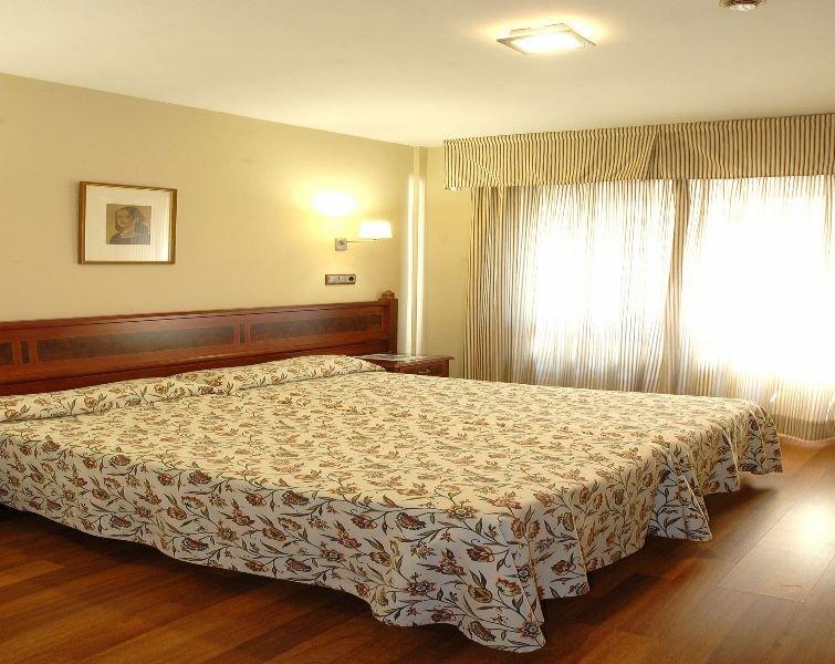 Hotel Reyes Católicos thumb-4