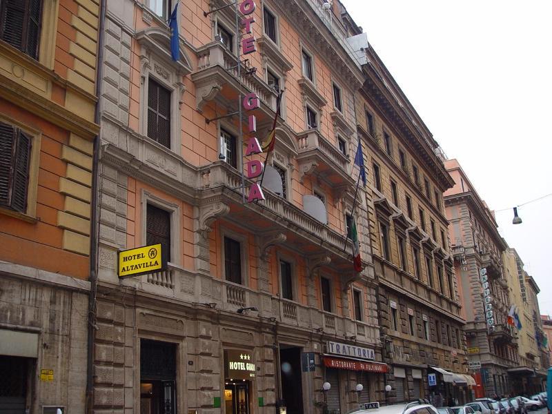 Hotel Giada thumb-2