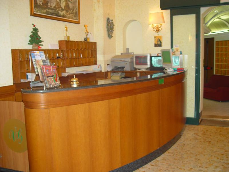 Hotel Giada thumb-3
