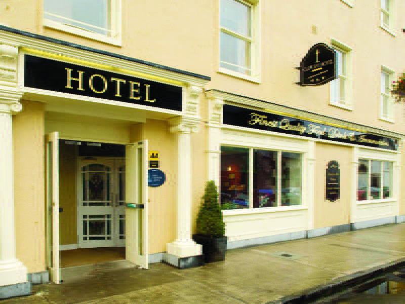 Clew Bay Hotel | Hotel in Westport, Mayo
