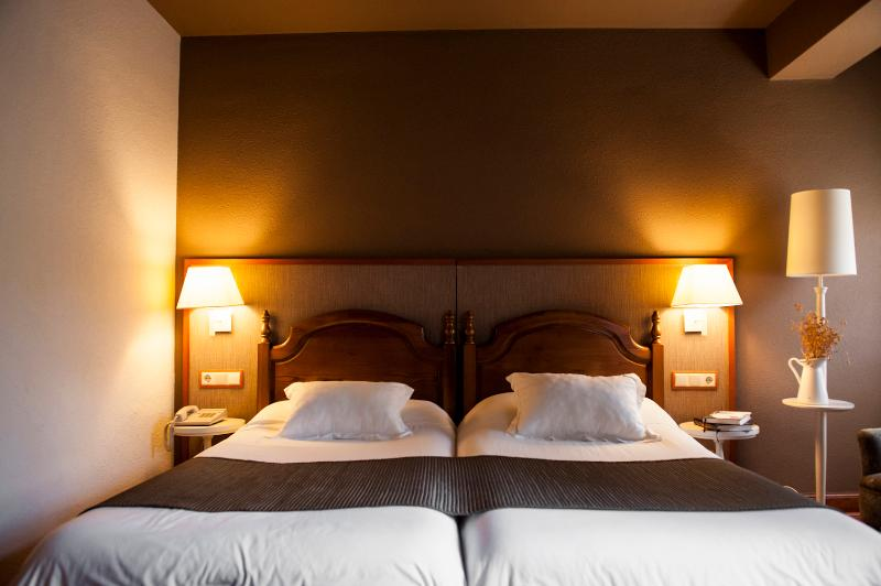 Hotel Infantado thumb-3