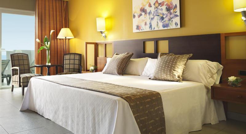 Adrian Hoteles Roca Nivaria 22
