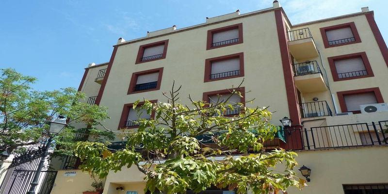 Hotel San Martin thumb-2