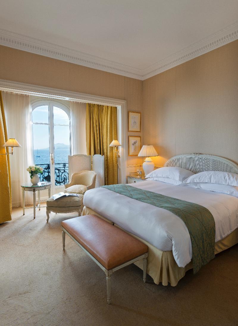Republique Two Bedrooms 26 Boulevard De La Republique Cannes France Fr Europe