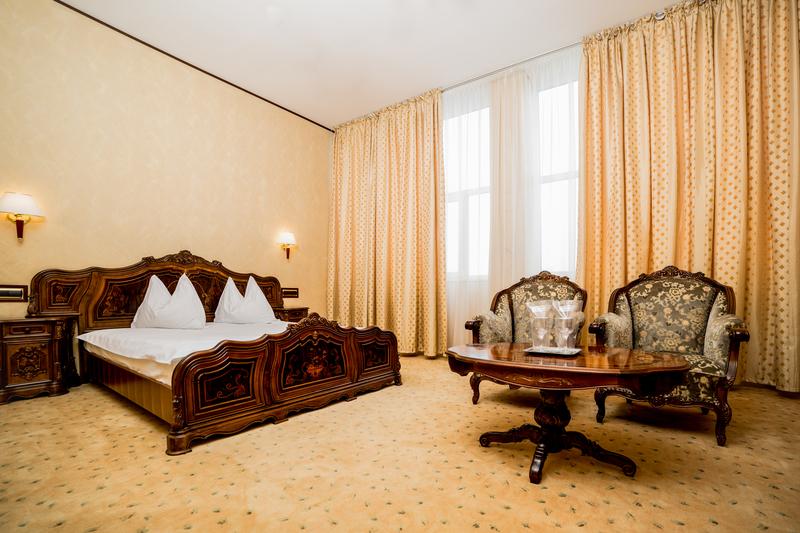 HotelImperial Inn