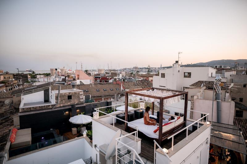 Puro Hotel 3
