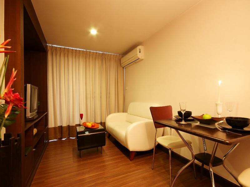I レジデンス ホテル サトーン18