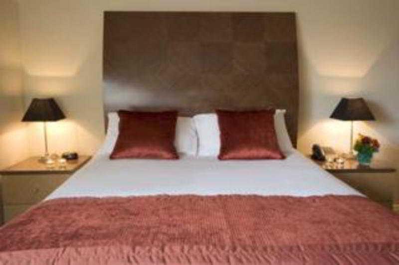 Hotel Premier Suites Dublin 1