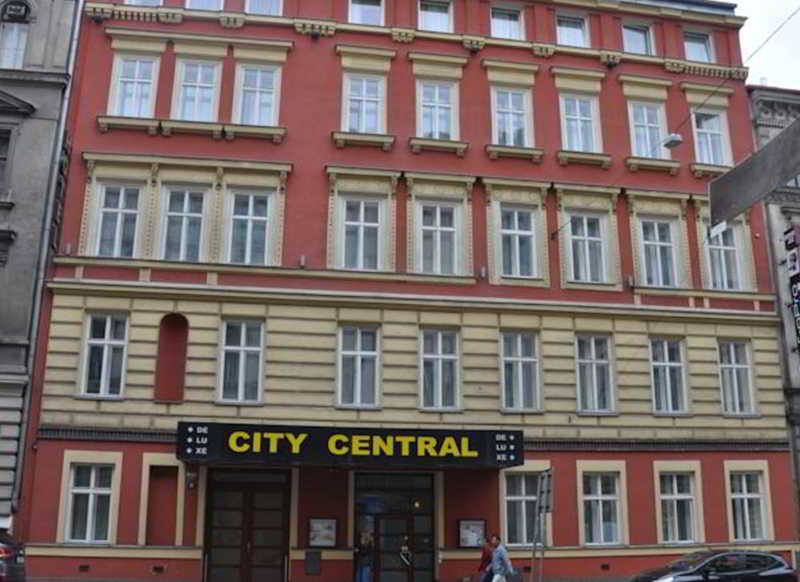 City central de luxe hotel prague from 61 for Hotel city central prague