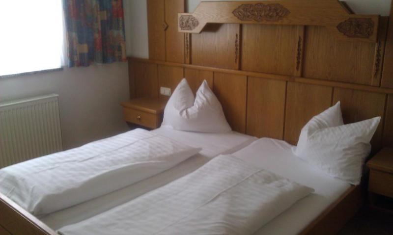 Hotel Toni thumb-3