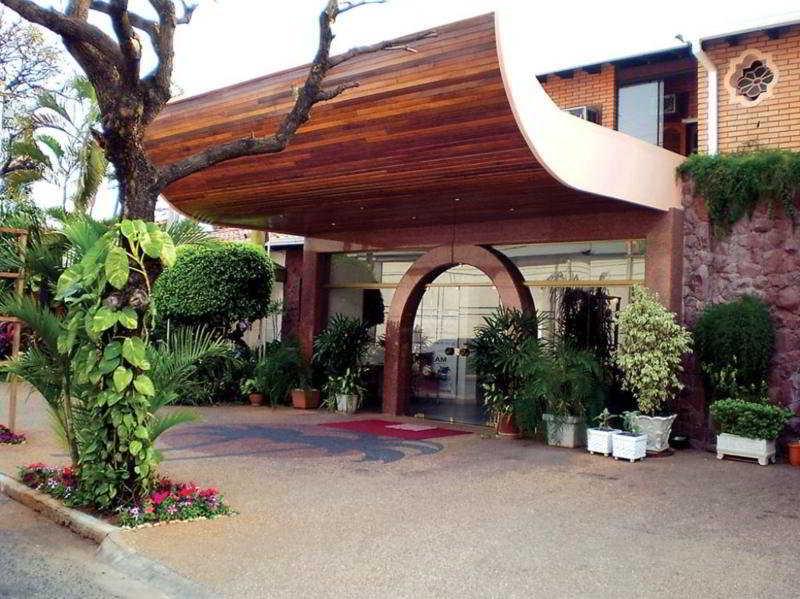 Hotel faro norte suites asuncion desde 71 rumbo for Hostal portal del sol