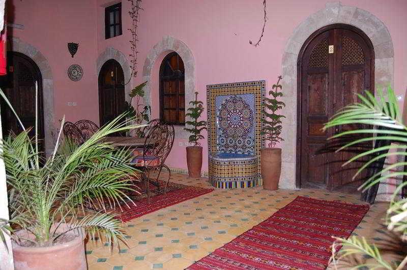 riad dar el qdima hotel essaouira from 40. Black Bedroom Furniture Sets. Home Design Ideas