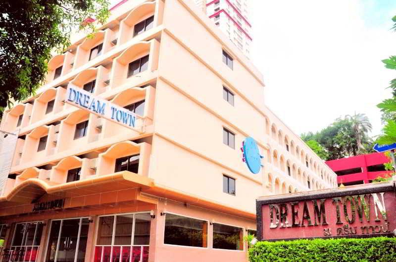 Dream Town Pratunam