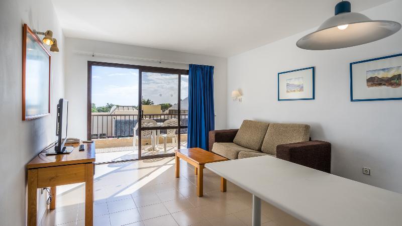 Blue Sea Apartamentos Costa Teguise Gardens 2