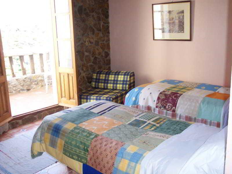 Pensión Fuente La Teja Hotel