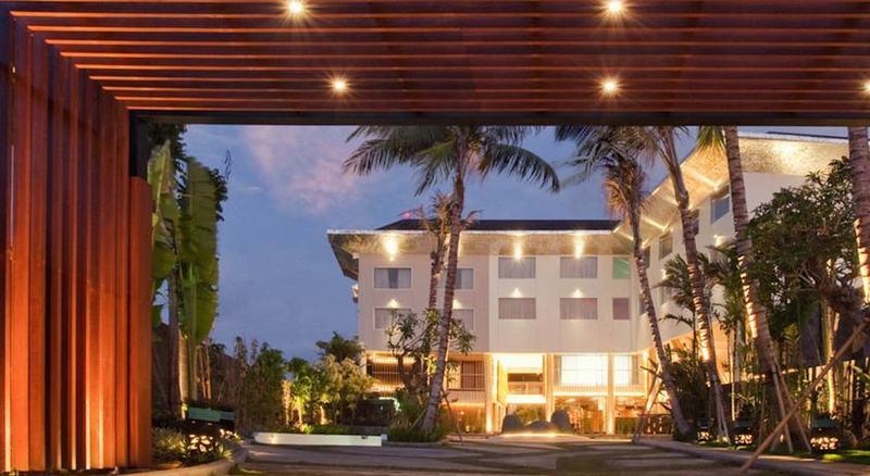 Fontana Hotel Bali A Phm Collection In Bali Indonesia Bali Hotel Booking