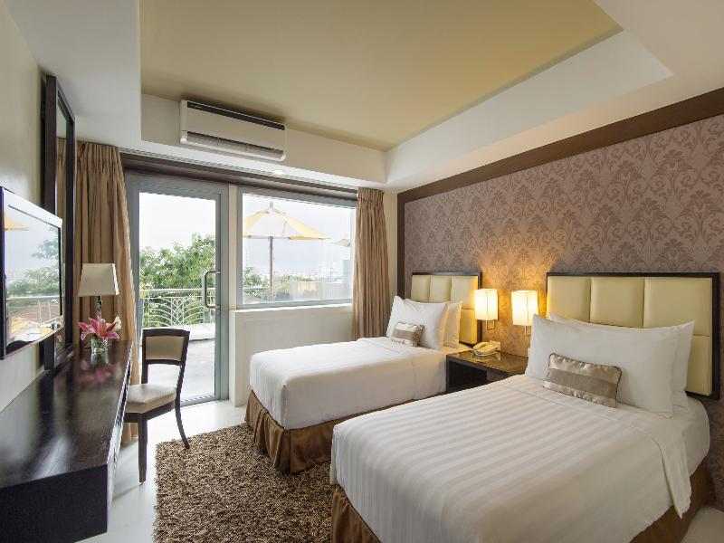 Best Price On Quest Hotel Amp Conference Center Cebu In