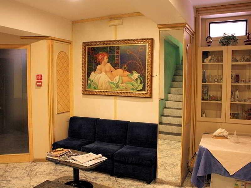 Hotel Vienna thumb-4