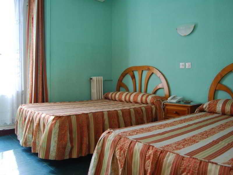 Hotel Hostal La Perla Asturiana thumb-4