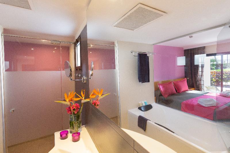 R2 Romantic Fantasía Suites Design Hotel & Spa 7