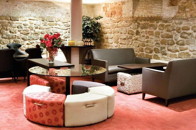 la madeleine grand place brussels hotel brussels from 74. Black Bedroom Furniture Sets. Home Design Ideas