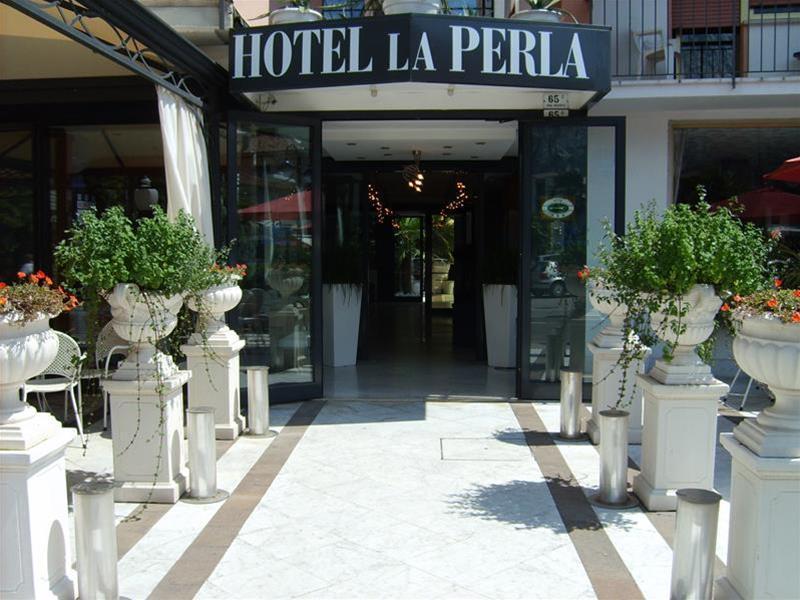 Apartamentos La Perla