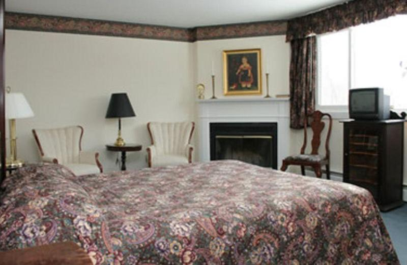 INN AT MOUNT SNOW - BED AND BREAKFAST, Windham