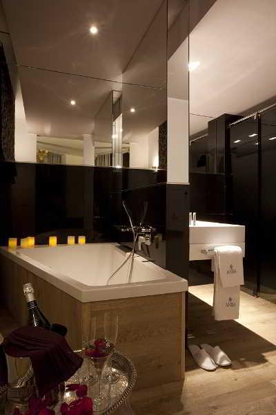 Hostal Anba Bed & Breakfast Deluxe Barcelona