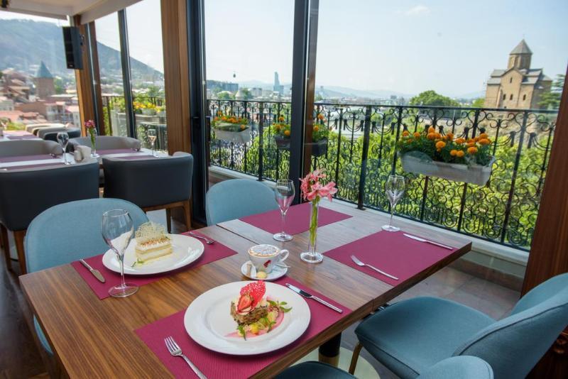 HotelHotel Tiflis Palace
