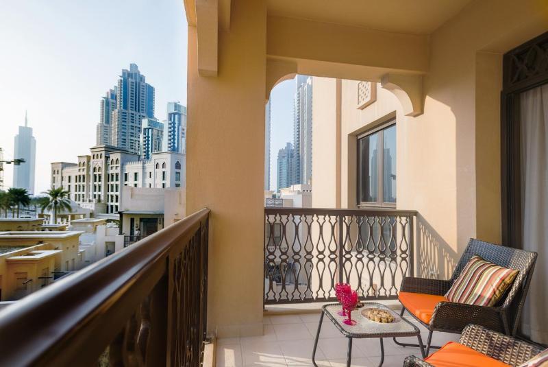 HotelMira Hotel Jeddah (Al Basateen Hotel Suites)