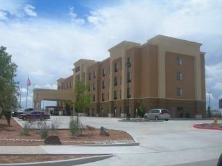 Hampton Inn & Suites Albuquerque Coors Road, Suburbs