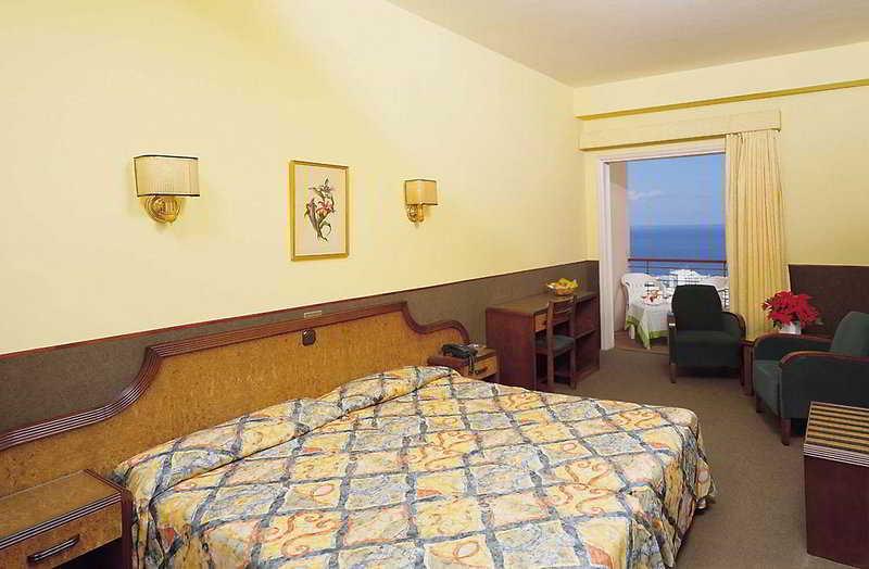 También podría interesarte Hotel Miramar