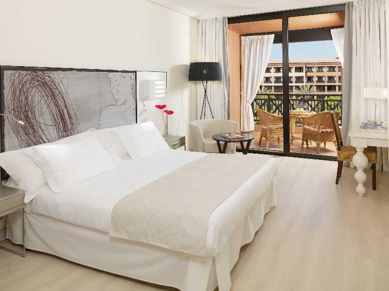 También podría interesarte Hotel H10 Costa Adeje Palace